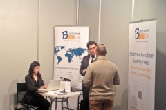 imex13j_stands_07