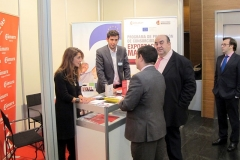 imex13j_stands_10