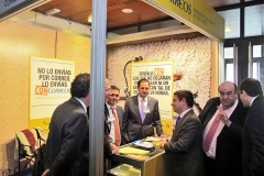 imex13j_stands_12